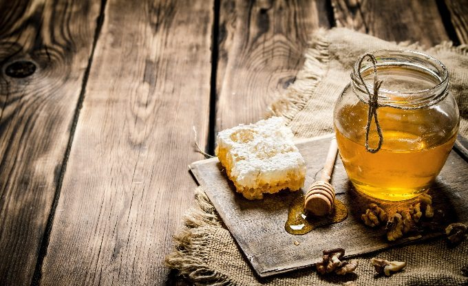 Honey for horses wound care